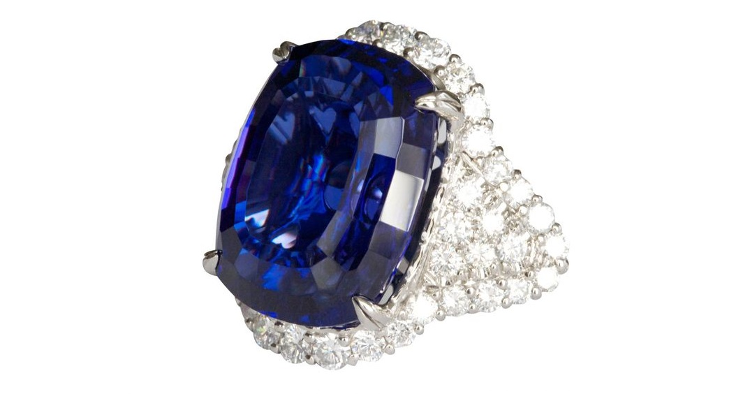 Impressive Tanzanite Diamond Platinum Ring
