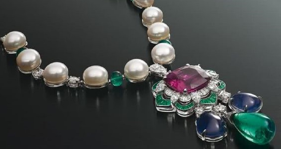 Gorgeous Bulgari Necklace